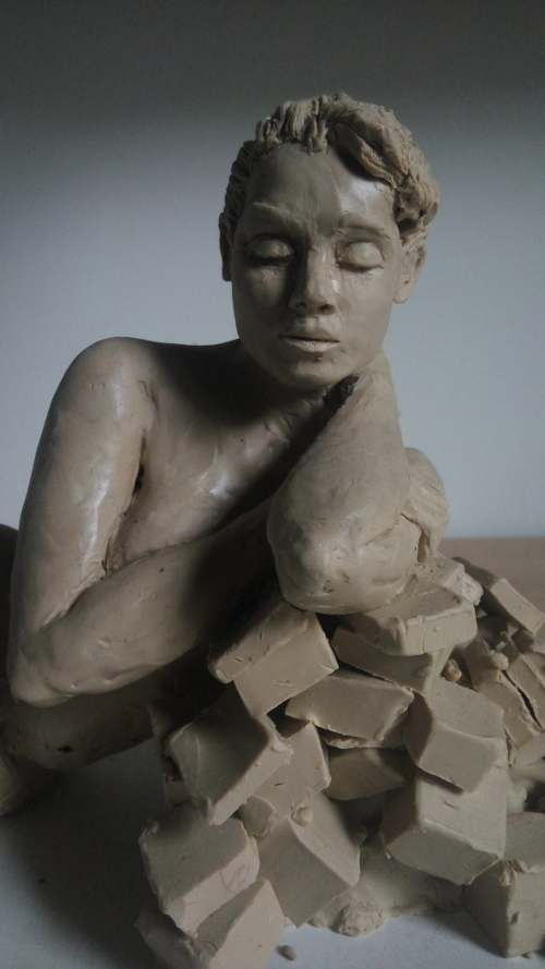 girl with blocks - face, felder